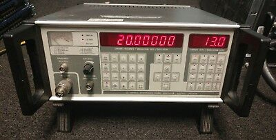 Farnell Psg1000 Synthesized Signal Generator 10hz-1ghz