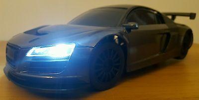 groß AUDI R8 LMS Ferngesteuert Auto SCHNELLE GESCHWINDIGKEIT LED-LAMPEN SCHWARZ (Schnell Große Ferngesteuertes Auto)