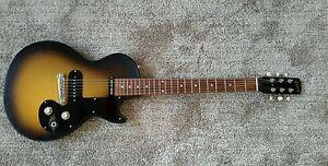 Gibson Les Paul Melody Maker - 1. Serie Reissue von 2008 mit Düsenberg Brücke
