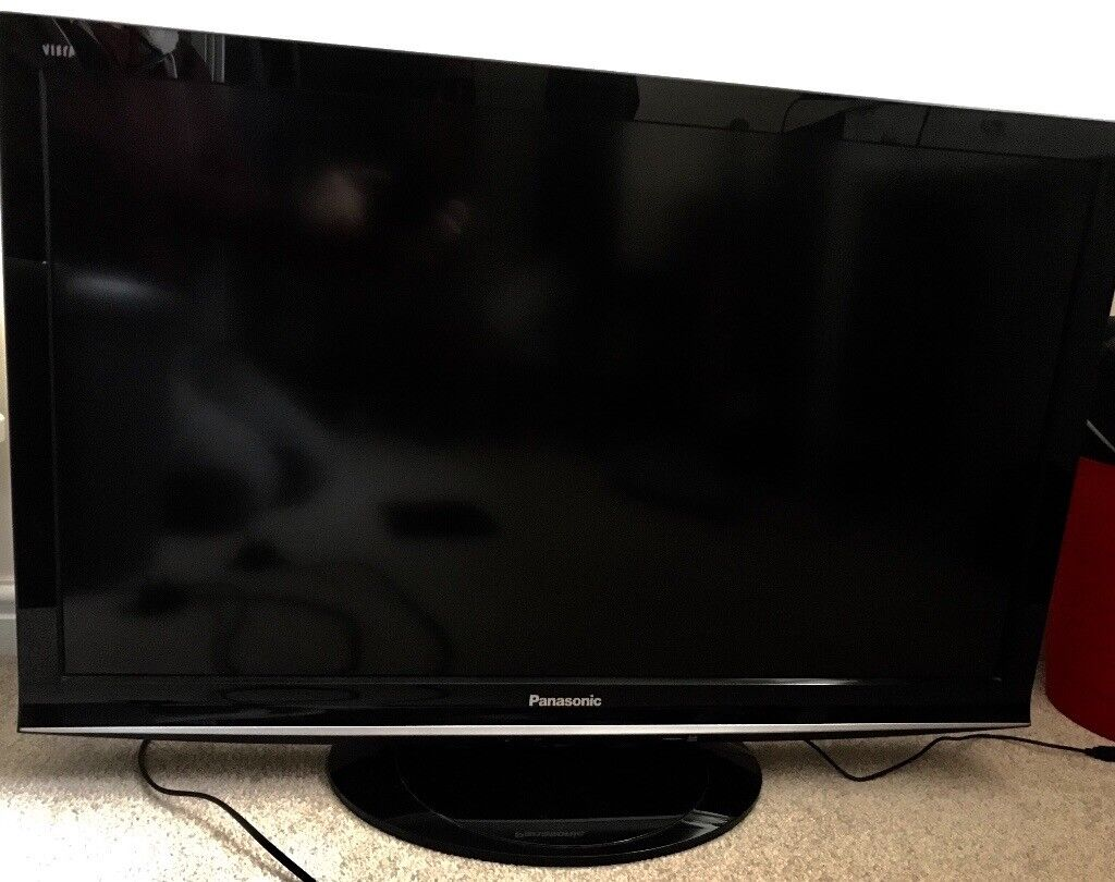 panasonic viera 37 inch flat screen tv in working order with remote model in andover. Black Bedroom Furniture Sets. Home Design Ideas