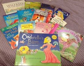 A selection of 13 children's books, in excellent condition sold as a bundle!