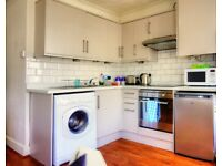Bright, modern 2ndflr 1 bedroom holiday apartment close to the sea front, town centre and amenities