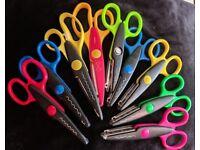 9 x arts & craft scissors