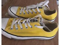 Converse Size 5 - Yellow