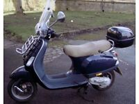 Vespa LX50 2008 Complete with Top Box and Screen Excellent Condition