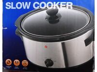 New - Slow cooker 3.3 litre capacity