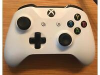 Xbox one controller (2016 version)