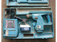 MAKITA BHR200 cordless 24v sds hammer drill working order