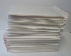 54x WHITE PADDED BUBBLE WRAP BAGS/ENVELOPES