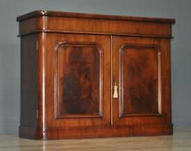 Attractive Antique Victorian Mahogany Chiffonier Small Sideboard Side Cabinet