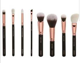 Zoeva 8 Piece MakeUp Brush Set