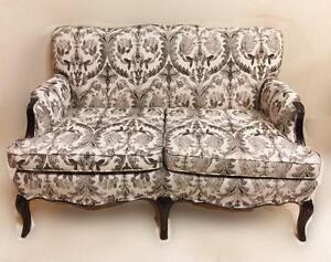 Black & White Damask Look Sofa Settee
