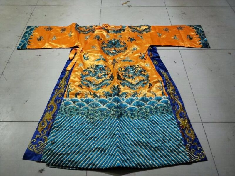Chinese Qing Dynasty court collection emperor clothes Embroidery dragon 龙袍