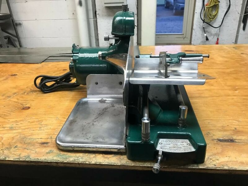 Commercial Meat and Cheese Slicing Machine in Great Working Condition.