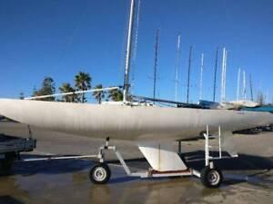 Etchell Racing Yacht
