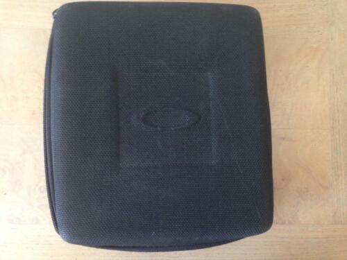 OAKLEY SUNGLASSES pro- m-frame   Black  hard Case