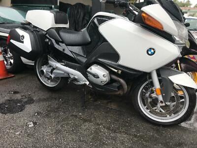 2009 BMW R-Series  2009 BMW R 1200 R T P police special  wow  $ 2500.00