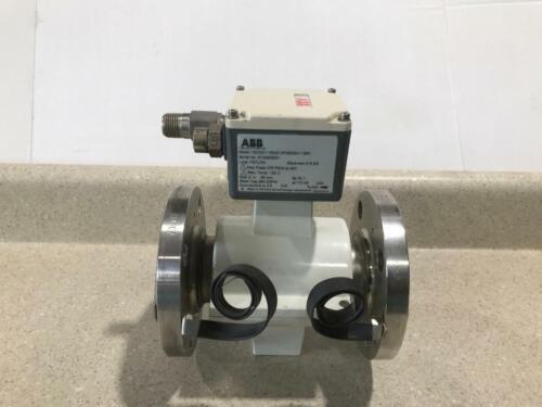"ABB 10DX3111EDE12P2B2BA1138X Flowmeter Element 2"" Tube NEW"