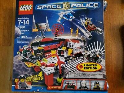 LEGO 5980 Space Police Squidman's Pitstop - Limited Edition Complete Set