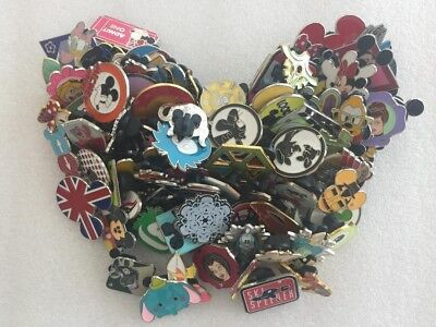 Disney Trading Pin 30 lot HM-RACK-LE-CAST no duplicates Fast Shipping in US L2