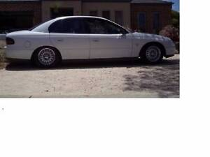 BT1 LS1 6 SPEED RARE FACTORY ORDERED MANUAL SERIES 2 VT SEDAN Campbelltown Area Preview