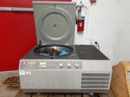 Jouan CR312 CR3-12 Refrigerated Benchtop Centrifuge with Rotor Buckets