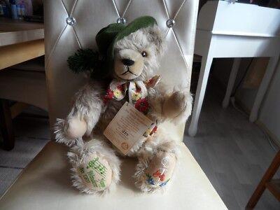 Teddy Hermann Coburg Happy Wanderer Musikbär