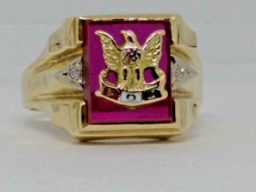 MENS 10KT YELLOW GOLD FRATERNAL ORDER OF EAGLES RING WITH RUBY RED STONE SZ 9.5