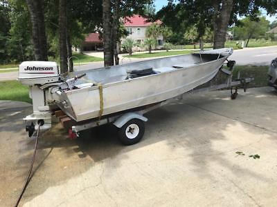 14 Ft Semi-V Aluminum Fishing Boat, Motor, and Trailer