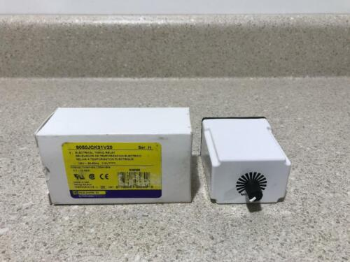 Square D Electrical Timing Relay 9050JCK31V20 NEW