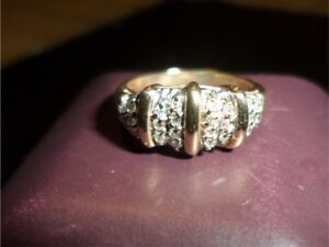 Sparkling clusters Diamond Ring for Trade