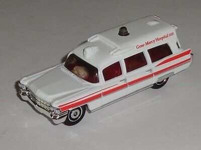 Matchbox 1963 Cadillac Ambulance Emergency Response Near Mint 1/81