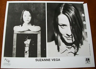 Rare Suzanne Vega 8x10 B&W Press Photo A&M Records 1992