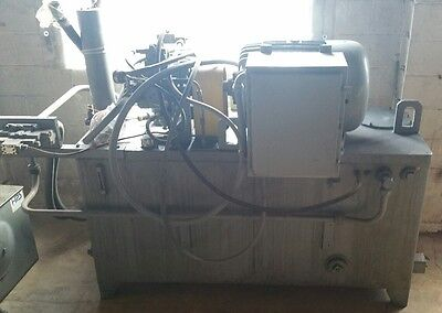 Racine Hydraulic Power Unit 250 Gallon 40hp 3 Phase 480v