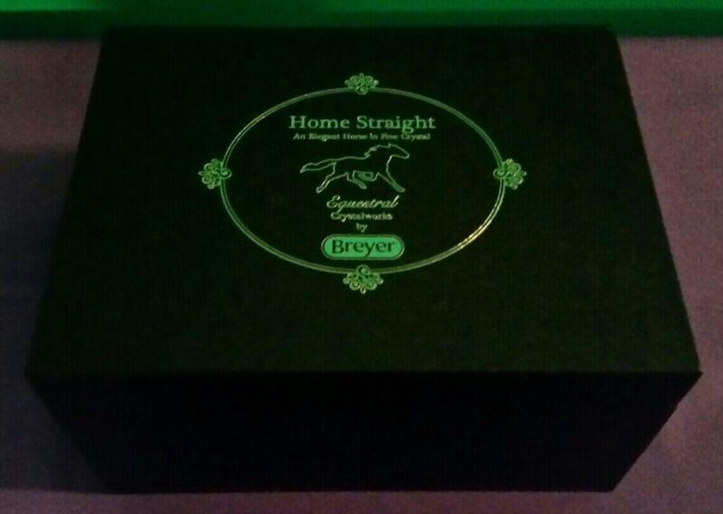 "NEW Breyer Crystal Breyerfest 2018 Special Run Model ""Home Straight"" (LTD 1000)"