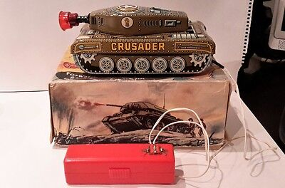 A Wells & Co Wells Brimtoy Crusader Tin Toy Tank Very Rare