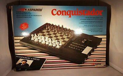 SAITEK KASPAROV CONQUISTADOR ELECTRONIC COMPUTER CHESS GAME 1988 WORKS W/ BOX