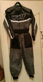 Kids 'Wulfsport' karting/quad suit and gloves age 5-6yrs