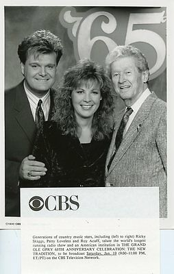RICKY SKAGGS PATTY LOVELESS ROY ACUFF SMILING GRAND OLE OPRY 1990 CBS TV PHOTO