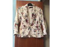 Summery blazer, size 6-8