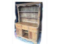 Lovely vintage antique pine dresser.