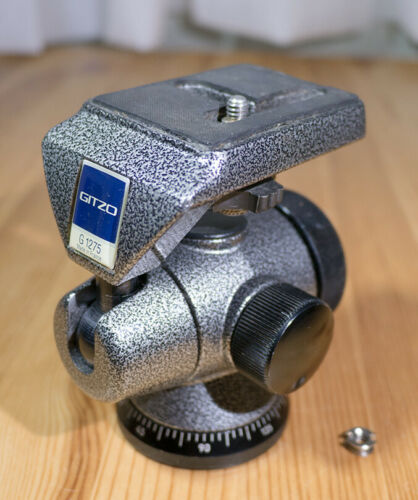 Gitzo G1275 Off-Set Ball Head, Load Capacity = 5 kg or 11 lb, Made in France, VG