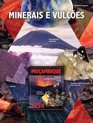 Mozambique 2016 MNH Minerals & Volcanoes Tolbachik Smoky Quartz 1v S/S Stamps