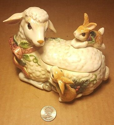 Fitz & Floyd peaceful Kingdom Lamb with rabbits covered Dish box