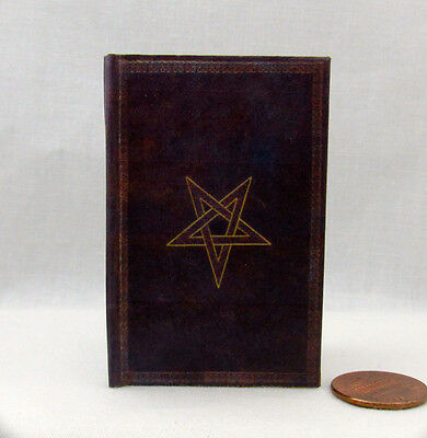 NOVEM PORTIS, The Ninth Gate Illustrated Book in 1:3 Scale Readable AG
