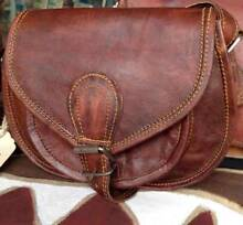 WOULD MUM LIKE A LEATHER HANDBAG FOR MOTHER'S DAY?? Helena Valley Mundaring Area Preview