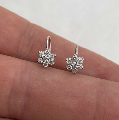 18ct White Gold Diamond Cluster Earrings 18K 750.
