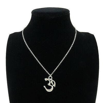 Silver Alloy Yoga Om Aum Symbol Pendant Short Chain Collar Necklace 18