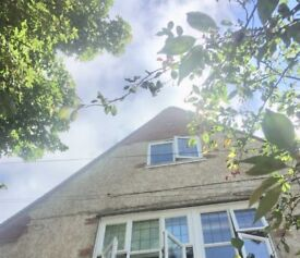Large ATTIC room, Covid cleaned, fastest WIFI