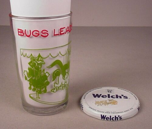 1974 Warner Bros. Drinking Glass Bugs Bunny on Merry Go Round Looney Tunes WB